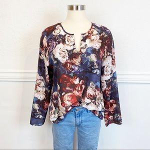 Violet + Claire Dark Moody Floral Blouse Size L